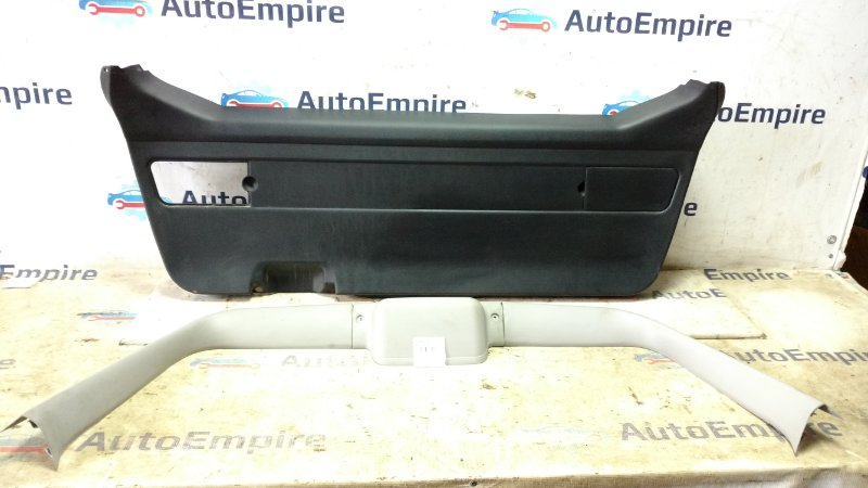Обшивка крышки багажника Mitsubishi Galant EC3W 4G64GDI 2000 (б/у)