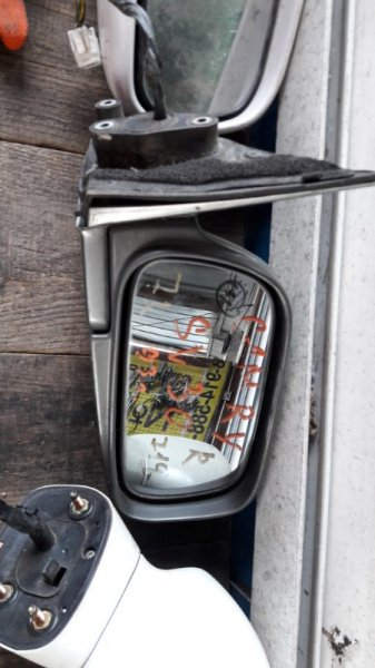 Зеркало Toyota Camry 30 1990 переднее правое (б/у)