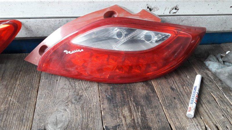 Стоп-сигнал Mazda Demio DE3FS 2007 задний правый (б/у)
