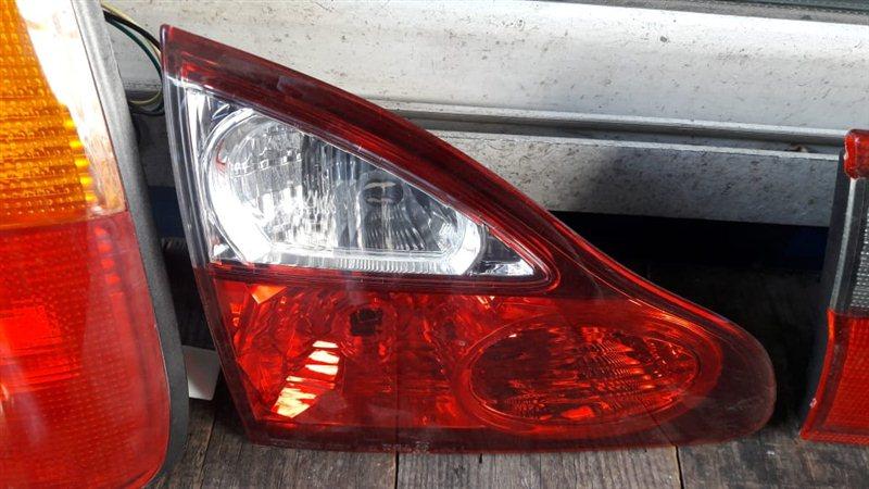 Стоп-сигнал Toyota Ipsum 21 задний левый