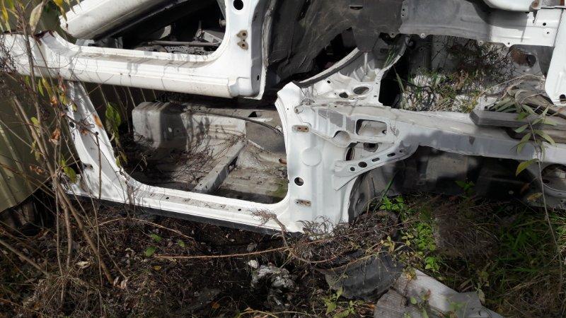 Передняя часть автомобиля Toyota Mark Ii 90 (б/у)