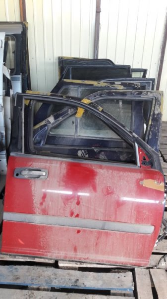 Боковая дверь Nissan X-Trail NT30 QR20DE передняя правая (б/у)