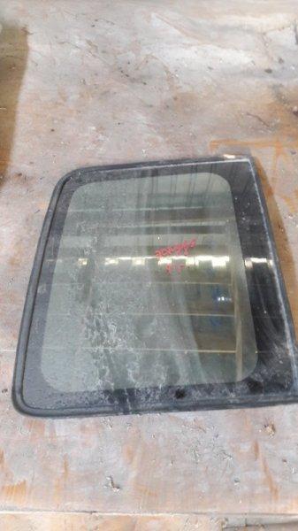 Стекло багажника боковое Mitsubishi Pajero V43W заднее (б/у)