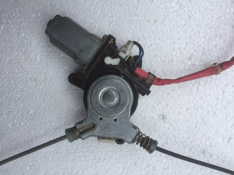 Стеклоподъемник Honda Odyssey RA6 передний правый (б/у)