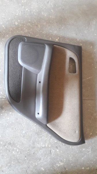 Обшивка боковой двери Toyota Cresta GX90 1992 задняя правая (б/у)