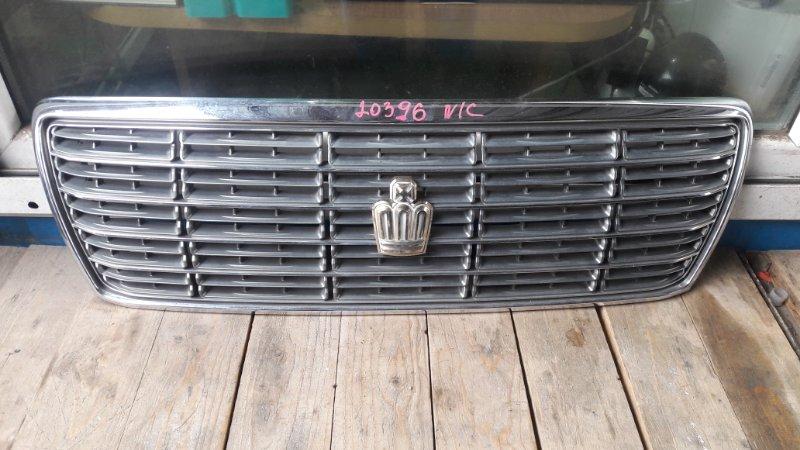 Решетка радиатора Toyota Crown JZS171 2001 передняя (б/у)