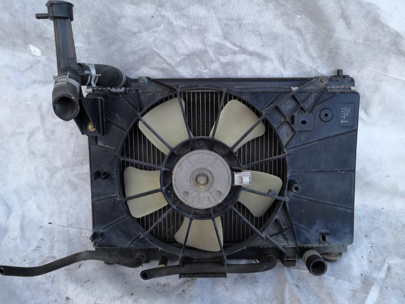 Радиатор двс Mazda Demio DY3W 2002 (б/у)