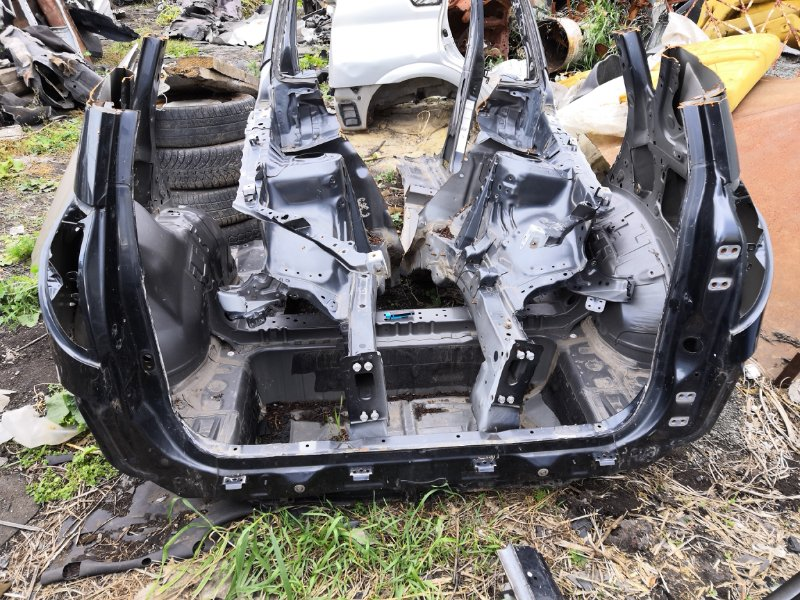 Задняя часть автомобиля Toyota Rav4 XA30 2005 задняя (б/у)