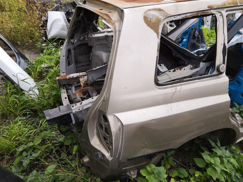 Задняя часть автомобиля Toyota Kluger ACU20W 2000 задняя (б/у)
