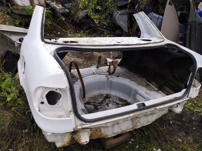 Задняя часть автомобиля Toyota Corolla AE 110 1996 задняя (б/у)