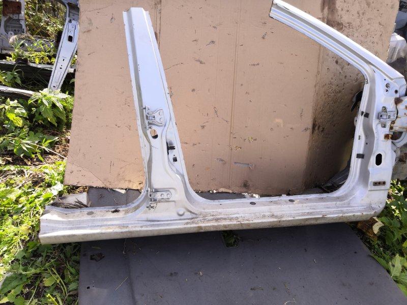 Порог Mitsubishi Lancer Cedia CS2A 2000 правый (б/у)