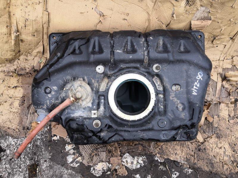 Бензобак Toyota Vitz SCP90 2005 (б/у)