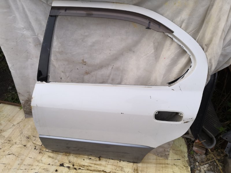 Дверь Toyota Camry SV40 1994 задняя левая (б/у)