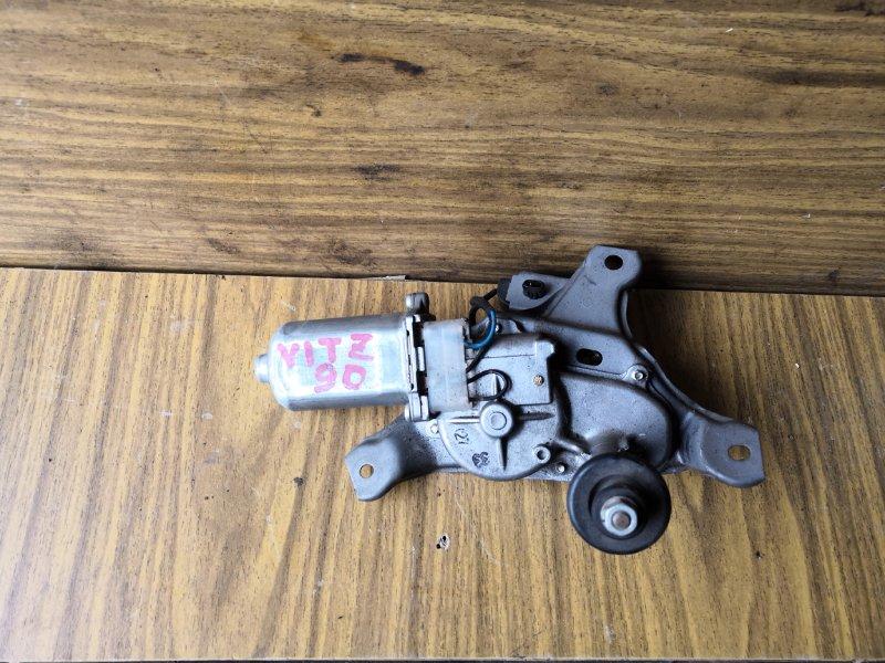 Моторчик дворника Toyota Vitz SCP90 2005 задний (б/у)