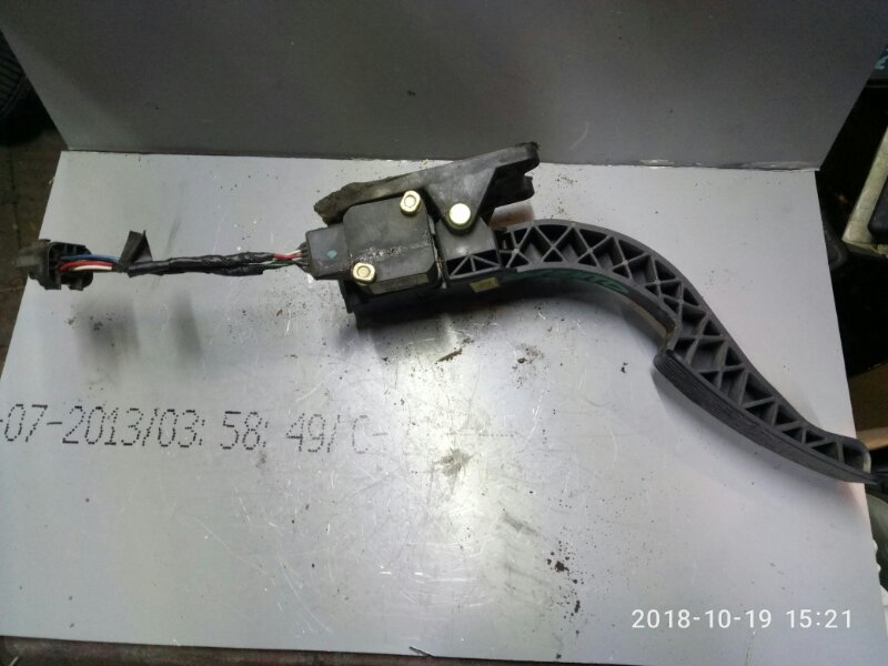 Педаль газа Kia Sorento BL 2002 (б/у)