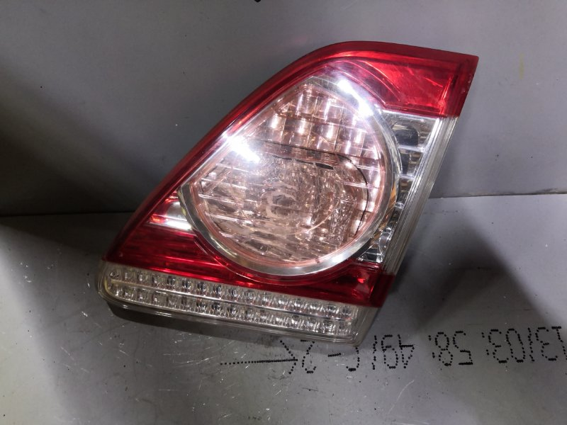 Фонарь задний Toyota Corolla ZRE 151 2006 задний правый (б/у)