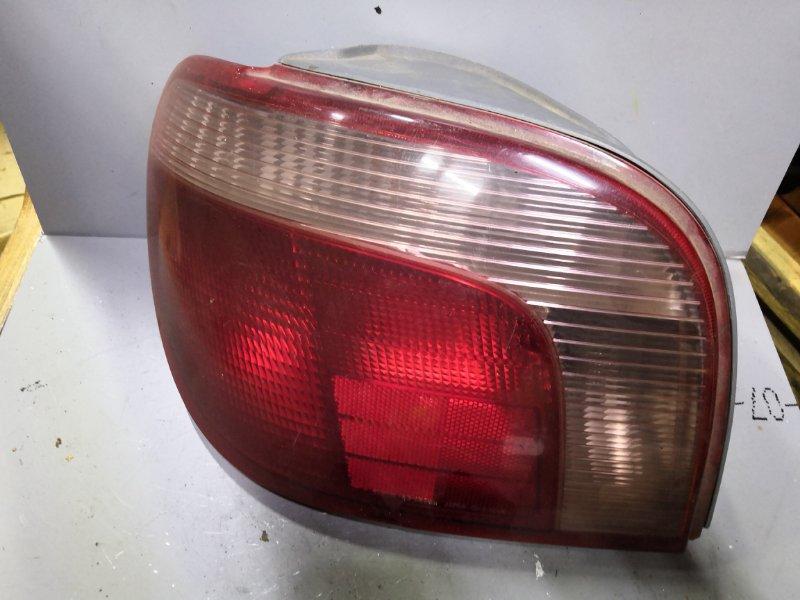Фонарь задний Toyota Vitz SCP10 1999 задний левый (б/у)