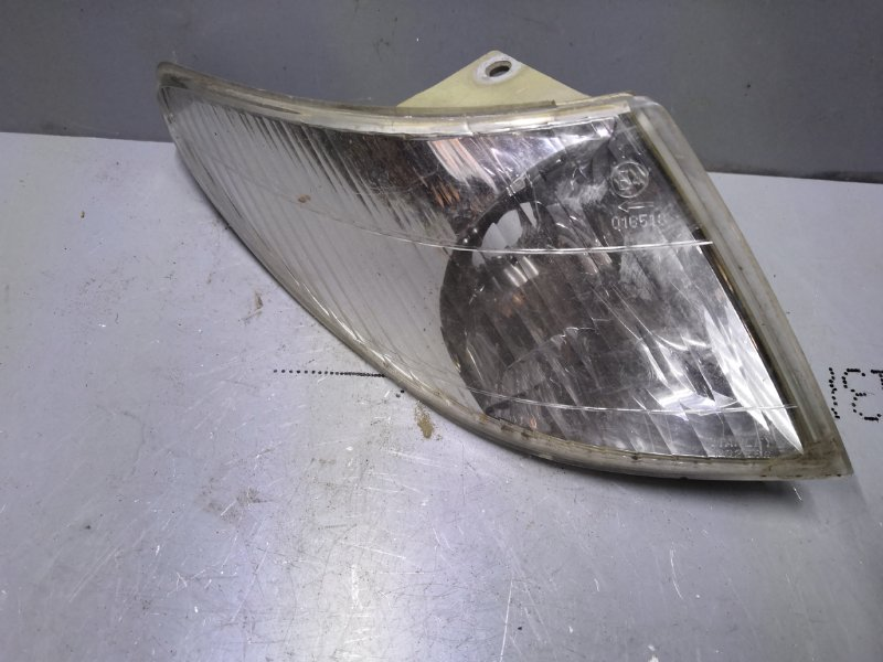 Габарит Mazda Premacy CP8W 1999 передний правый (б/у)