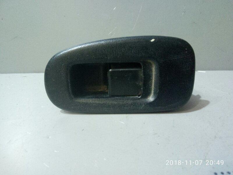 Кнопка стеклоподъемника Nissan Bluebird EU14 1996 задняя левая (б/у)