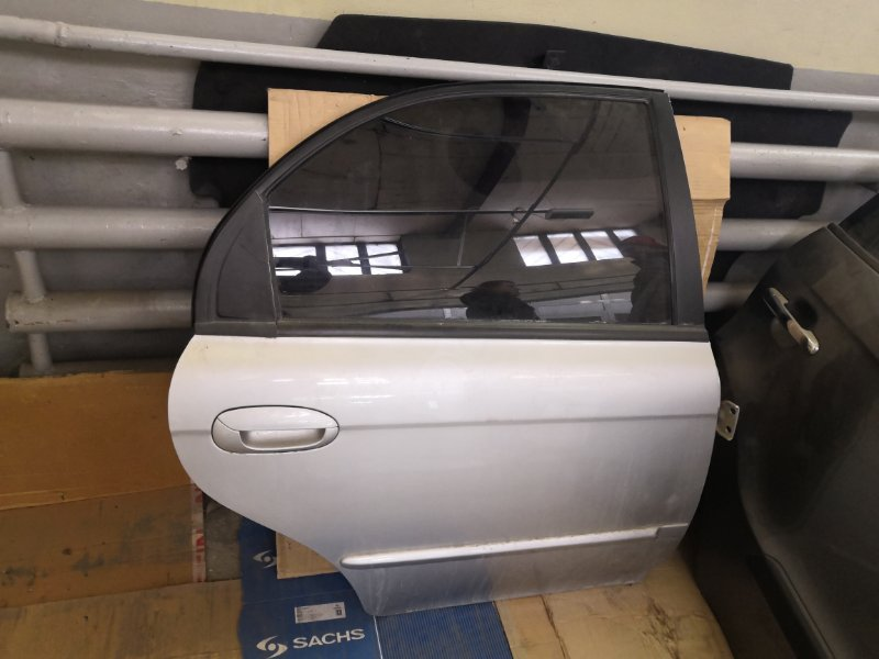 Дверь Kia Spectra SD 2004 задняя правая (б/у)
