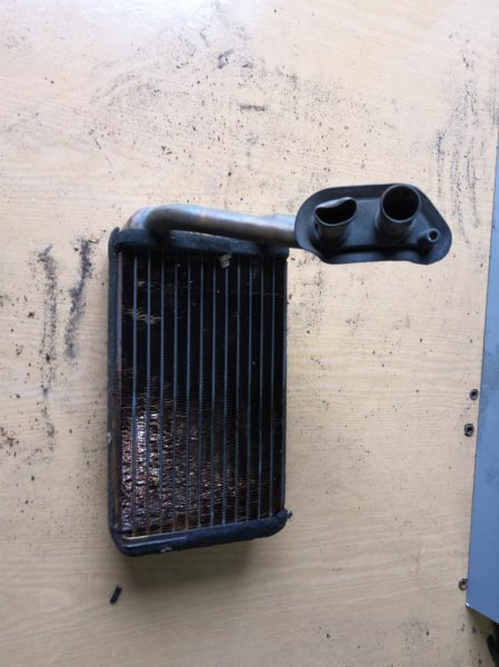 Радиатор печки Honda Cr-V RD 1995 передний (б/у)