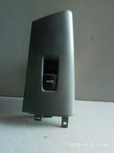 Кнопка стеклоподъемника Toyota Corolla Fielder NZE121 2000 задняя левая (б/у)