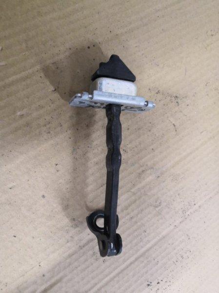 Ограничитель двери Mazda Mazda3 BL 2009 передний правый (б/у)