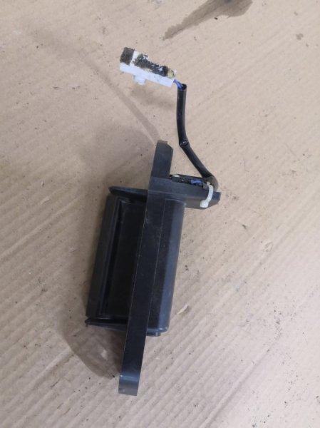 Ручка открывания багажника Mitsubishi Outlander XL 2005 задняя (б/у)
