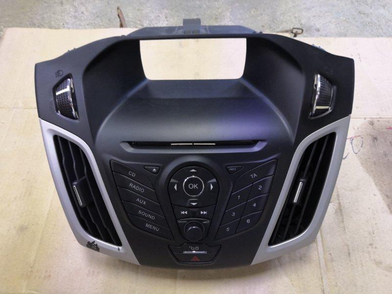 Рамка магнитофона Ford Focus 3 CB8 2010 передняя (б/у)