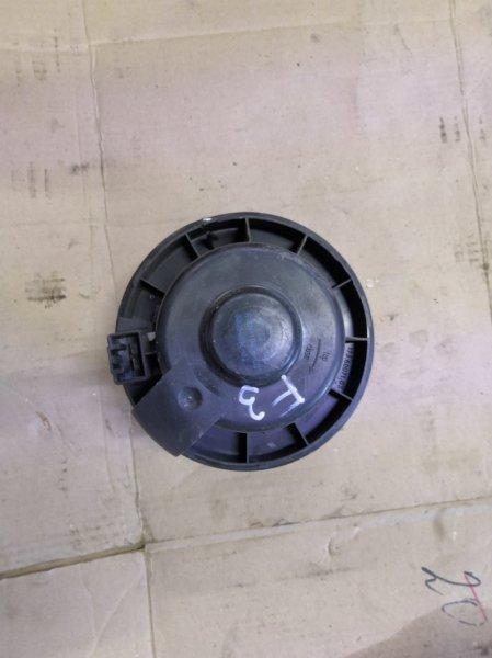 Мотор печки Ford Focus 3 CB8 2010 передний (б/у)