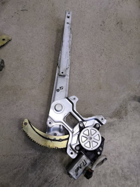 Стеклоподъемник Chery Sweet Qq S11 2005 передний левый (б/у)