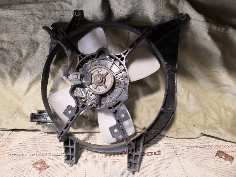 Вентилятор радиатора Mazda Demio DW3W 1996 передний (б/у)