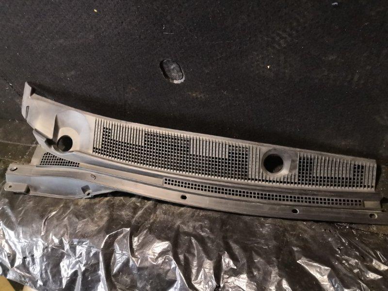 Решетка под лобовое стекло Mitsubishi Lancer Cedia CS5A 2000 передняя правая (б/у)