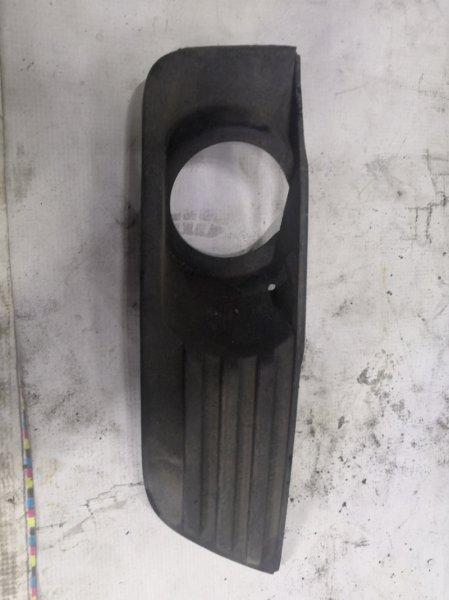 Заглушка бампера Ford Focus 2 CB4 2005 передняя правая (б/у)