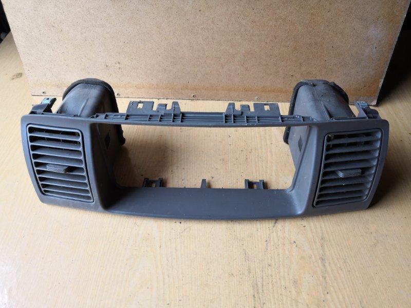 Рамка магнитофона Toyota Corolla E120 2000 передняя (б/у)