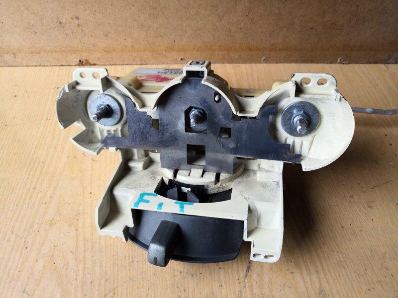 Блок управления климат-контролем Honda Fit GD1 2001 передний (б/у)
