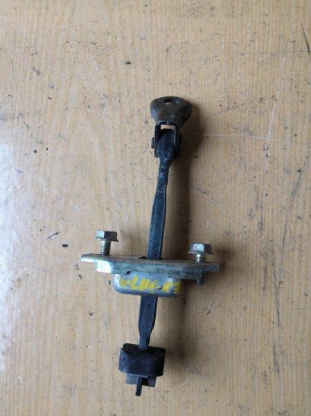 Ограничитель двери Toyota Kluger XU20 2000 передний (б/у)