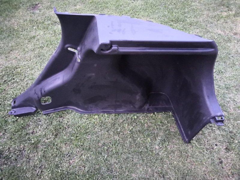 Обшивка багажника Hyundai Solaris RB 2011 задняя правая (б/у)