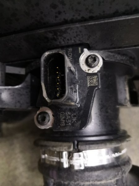 Датчик расхода воздуха Ford Focus 3 CB8 IQDB 2010 (б/у)