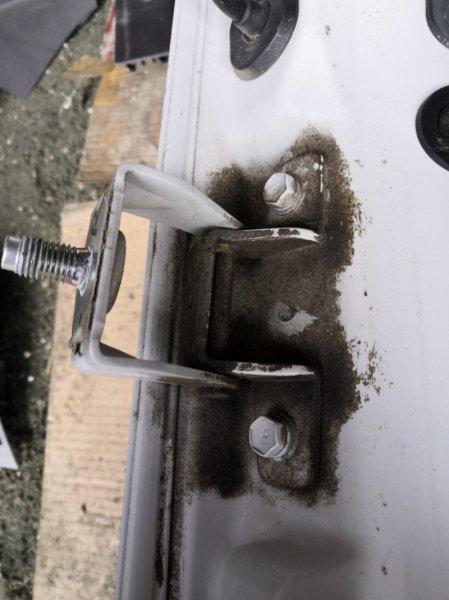 Петля багажника Hyundai Solaris RB G4FC 2011 задняя правая (б/у)