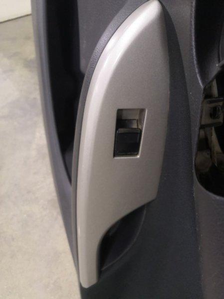 Кнопка стеклоподъемника Toyota Corolla E150 1ZR-FE 2006 задняя правая (б/у)
