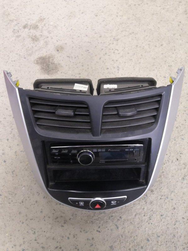 Центральная консоль Hyundai Solaris RB G4FC 2011 передняя (б/у)