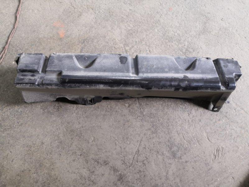 Дефлектор радиатора Ford Focus 3 CB8 XQDA 2011 передний (б/у)