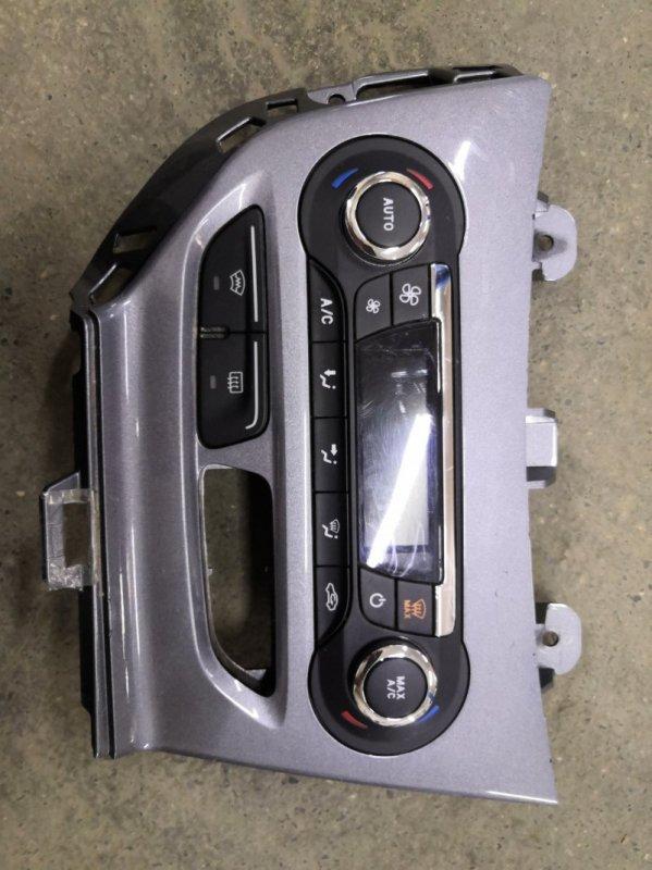 Блок управления климат-контролем Ford Focus 3 CB8 XQDA 2011 (б/у)