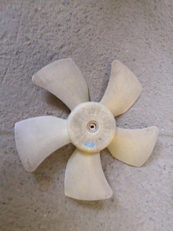Вентилятор радиатора Toyota Corolla E120 2000 (б/у)