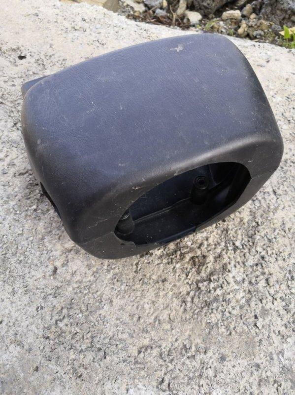 Кожух рулевой колонки Nissan Wingroad Y11 QG15-DE 1999 (б/у)