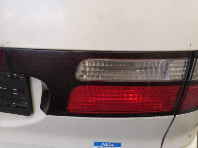 Фонарь задний Toyota Estima XR30 2AZ-FE 2000 задний правый (б/у)