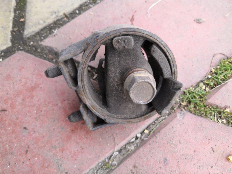 Подушка двигателя Mazda Demio DW3W B3 1996 (б/у)
