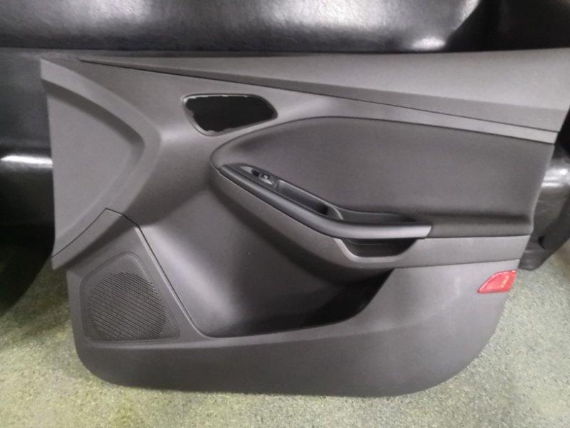 Обшивка двери Ford Focus 3 CB8 2010 передняя правая (б/у)