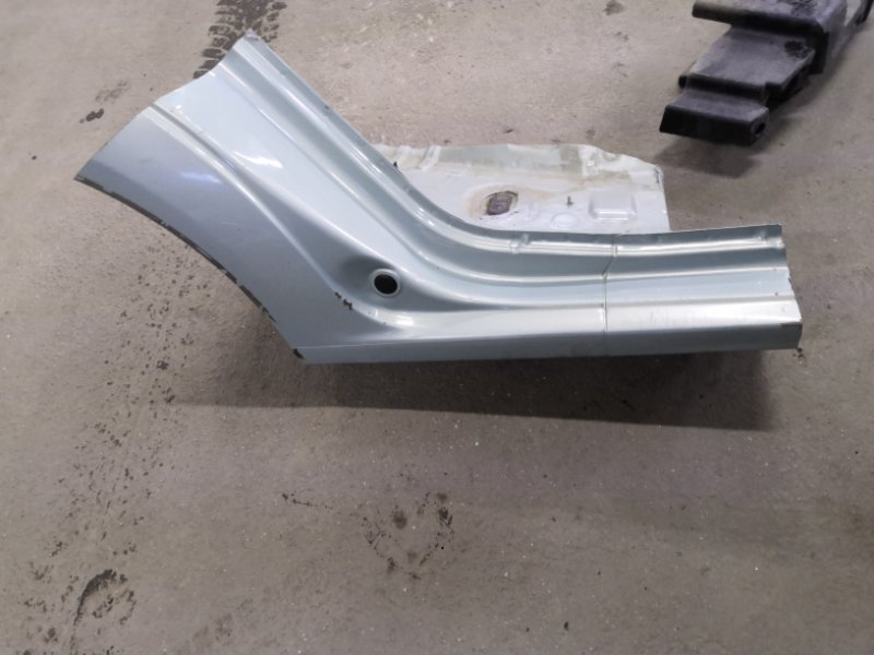 Арка заднего крыла Renault Logan LSOG/LS12 K7M 2004 правая (б/у)